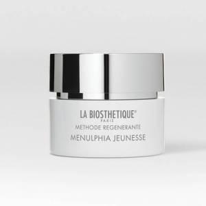 Methode Regenerante Visage Menulphia Jeunesse bevat een veelzijdig werkzame anti-aging formule voor de regeneratie van de jeugdige celkracht.
