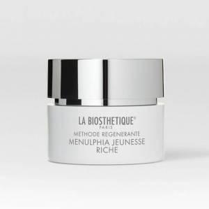 Methode Regenerante Visage Menulphia Jeunesse Riche is een intensief verzorgende dag- en nachtcrème voor een droge tot zeer droge huid.